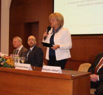 Orvoskonferencia Esztergomban